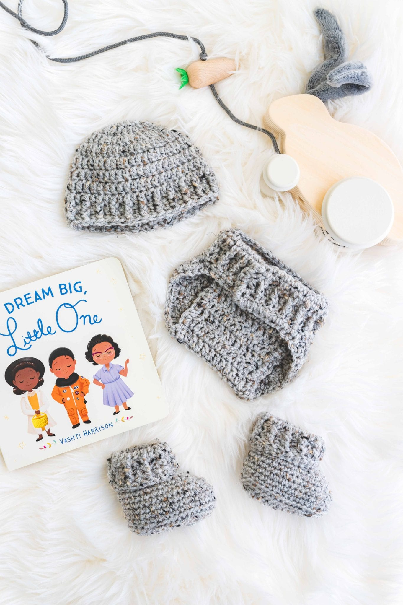 Crochet baby hat, baby booties, and diaper cover to make the Parker baby set of free crochet patterns.