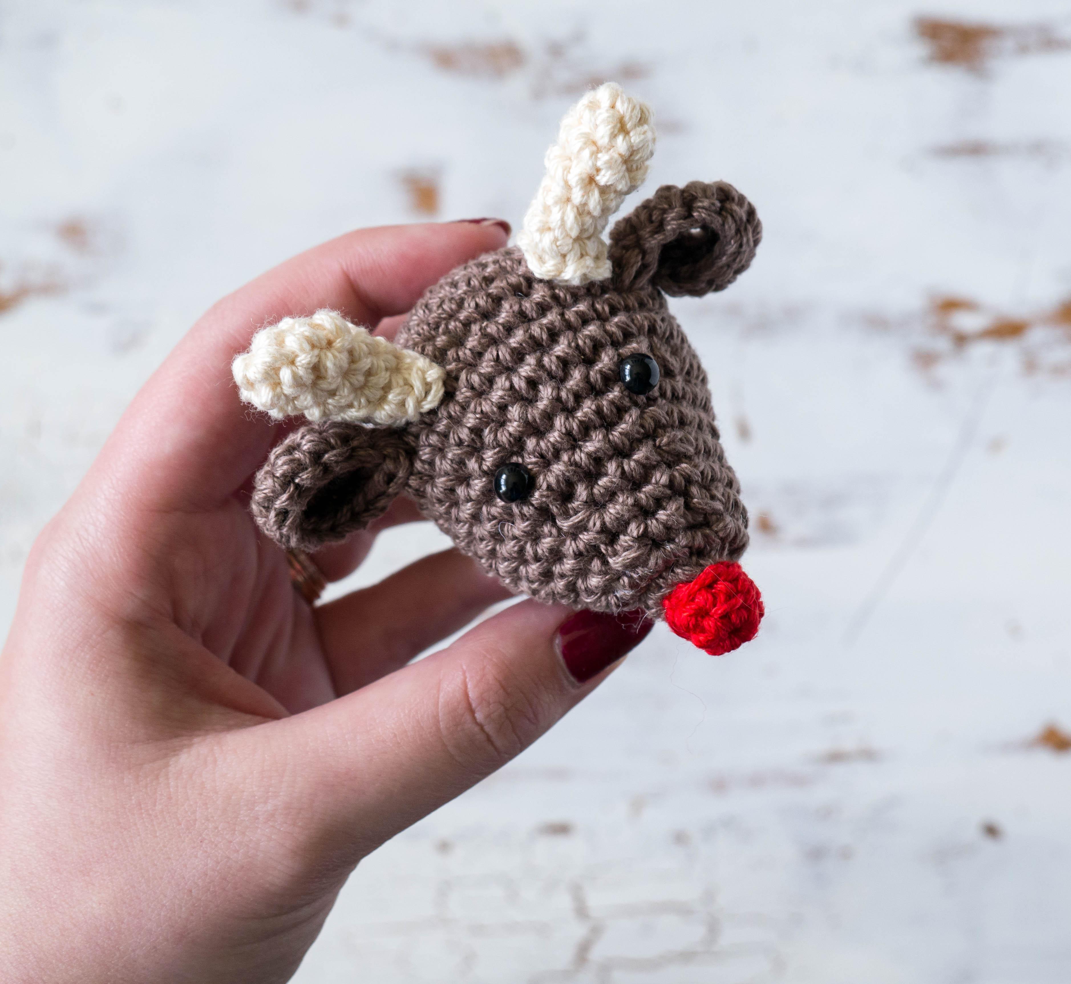 Small amigurumi reindeer - Rudolph (free crochet pattern)   Mindy   3448x3755
