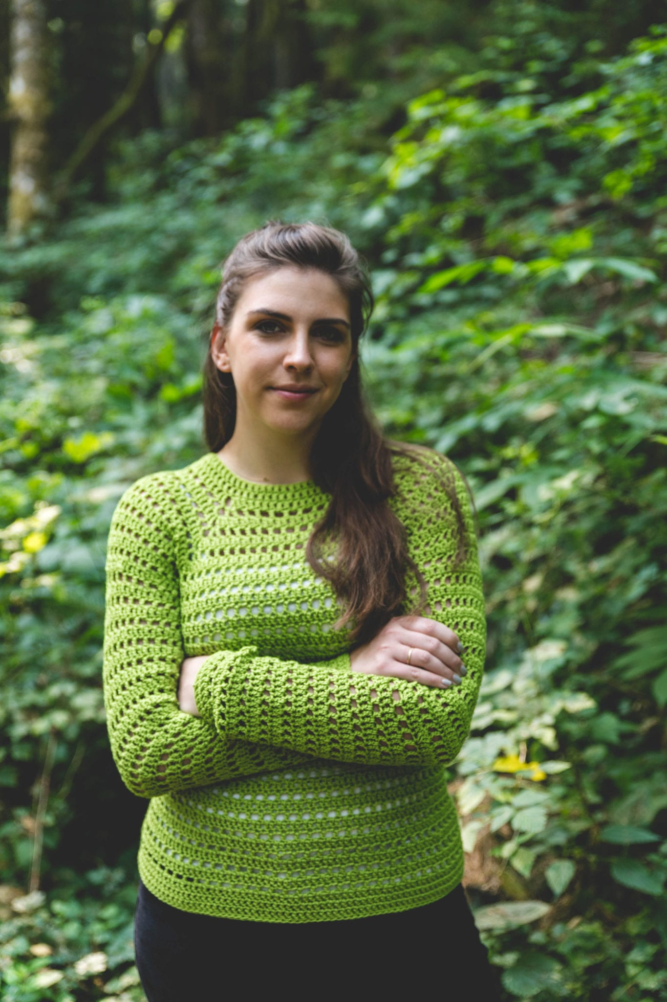 Easy Pullover Sweater Free Crochet Pattern Sewrella
