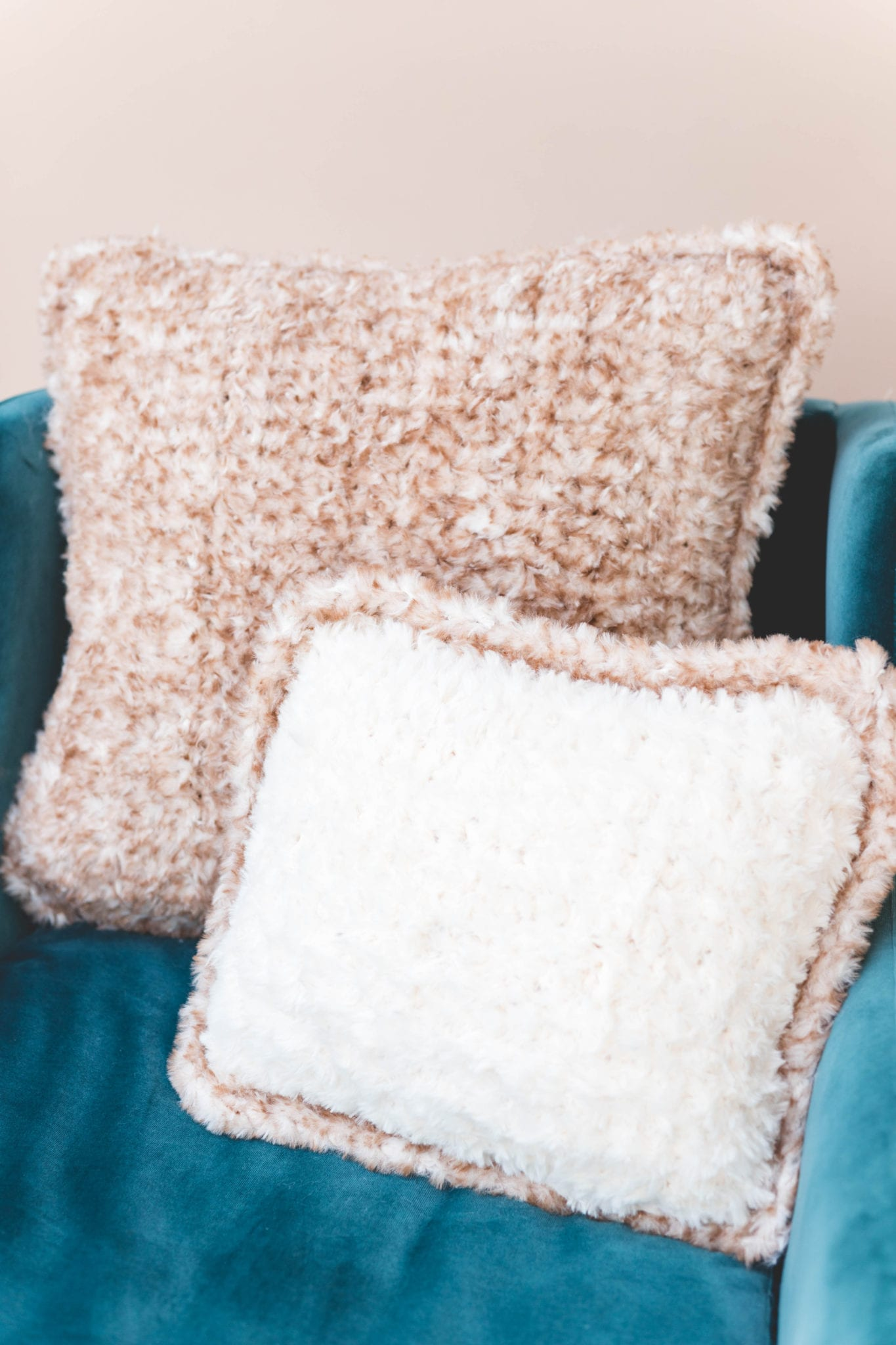 Crocheting with Fluffy Yarn, without Tears! - Sweet Softies ...   2048x1365