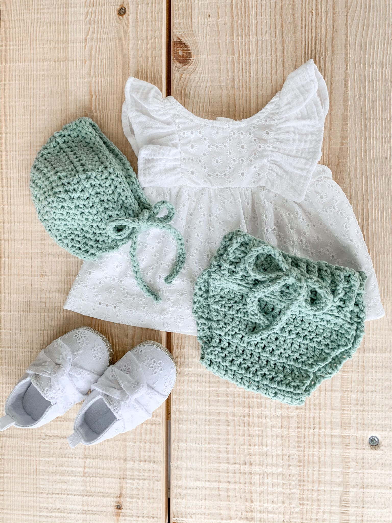 Vintage crochet baby set with classic baby bonnet and baby bloomers.