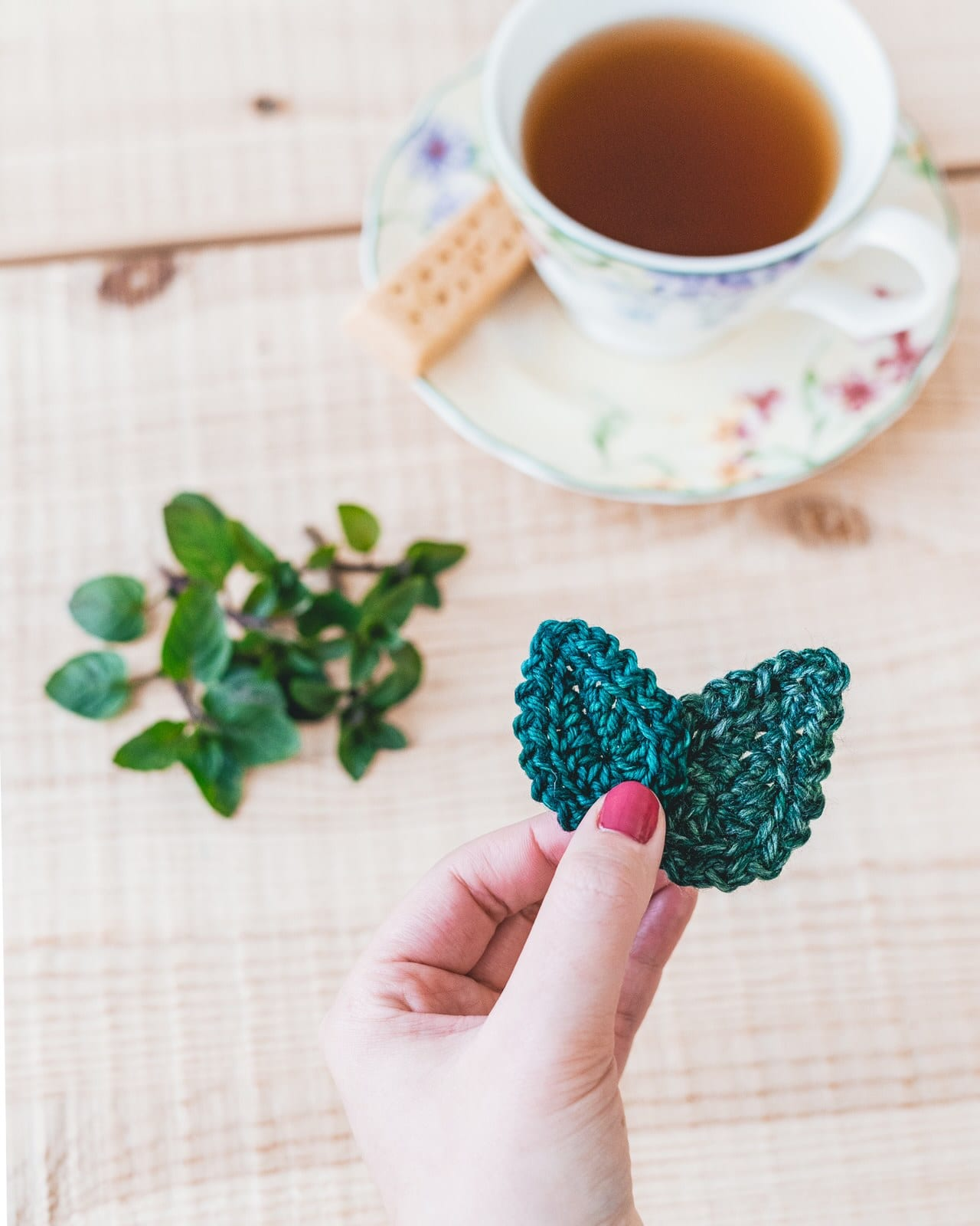 crochet mint leaf